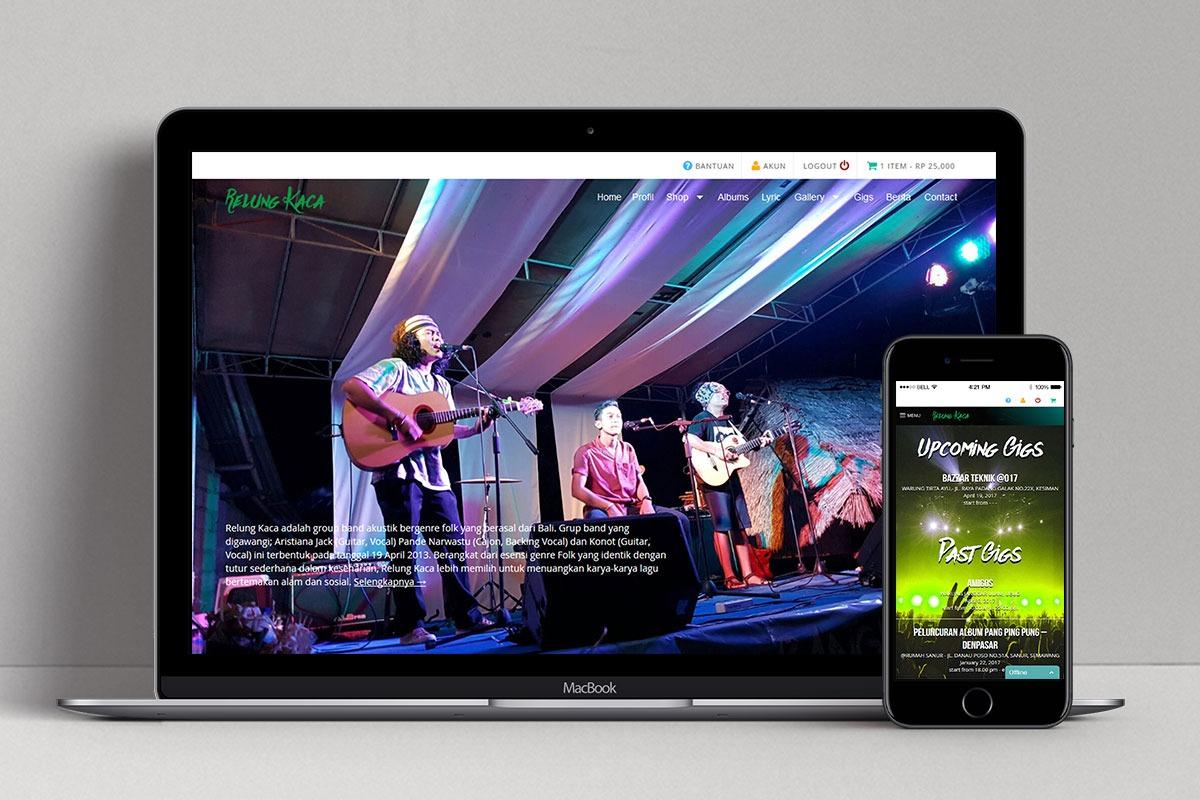 1 Relung Kaca Band Web Design Mocup