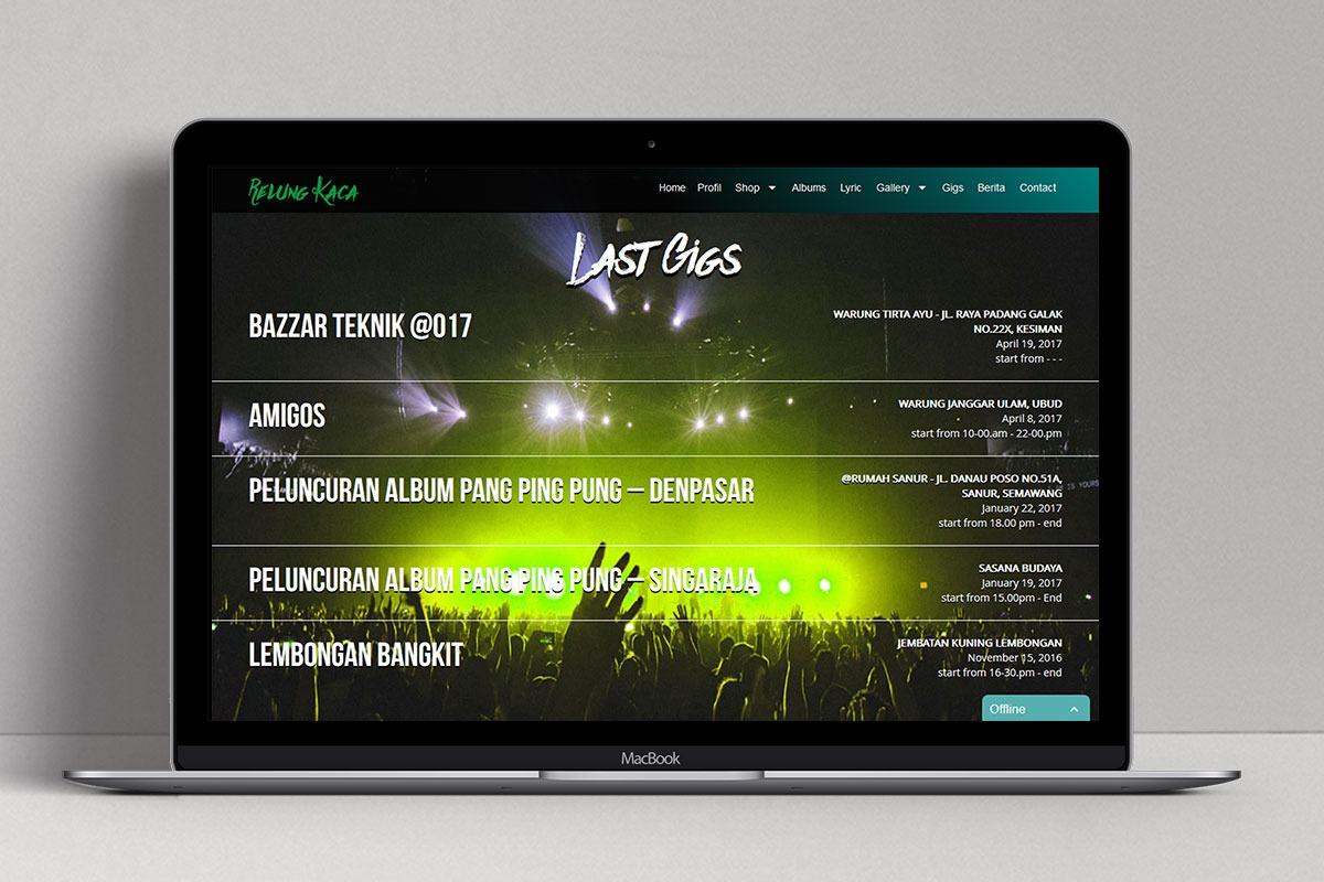 2 Relung Kaca Band Web Design Mocup