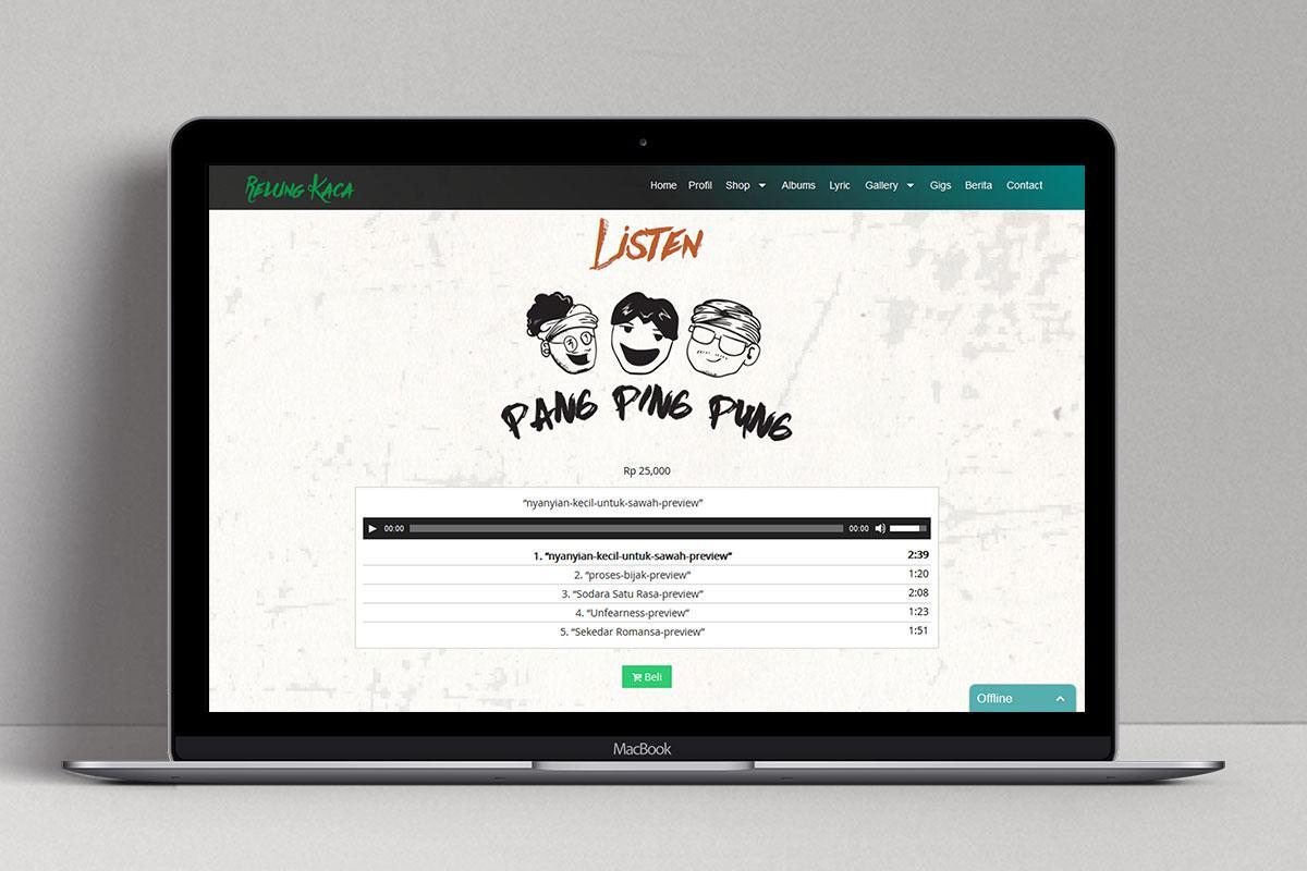 3 Relung Kaca Band Web Design Mocup